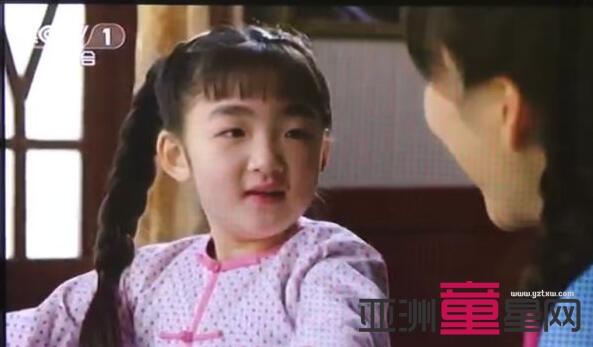 """《女儿红》热播 """"小米红""""刘嘉艺与王力可母女情真挚感人"""